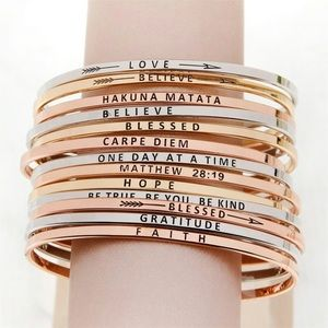 Brand new carpe diem bangle